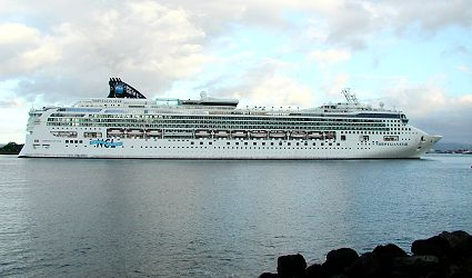 Star Cruise Ship